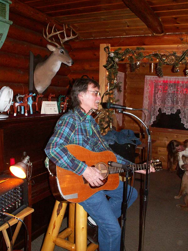 Laughing Horse Lodge Entertainment
