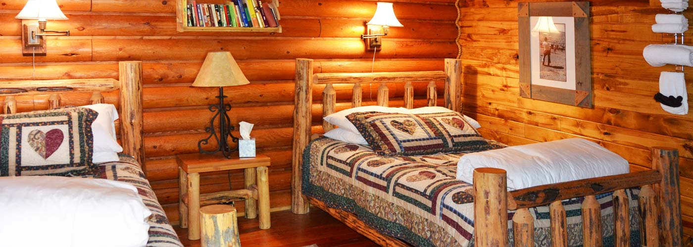 Laughing Horse Lodge guestroom